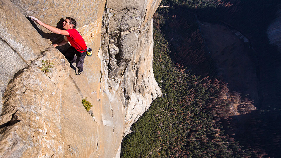 Alex Honnold klettert El Capitans Freerider Route im Yosemite Nationalpark